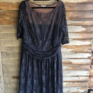 Kiyonna size 2 grey lace dress